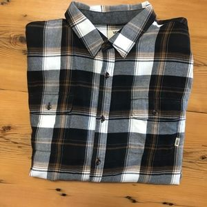 Van's button up Men's shirt, Larger